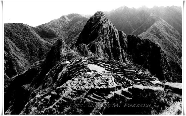 Machu Picchu Panorámica 2 BN B